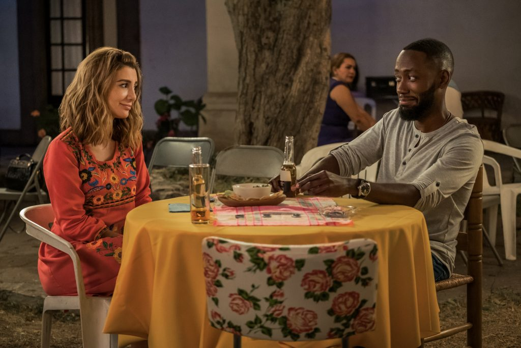 Review Desperados Starring Nasim Pedrad Lamorne Morris Anna Camp Sarah Burns Robbie Amell And Heather Graham Culture Mix